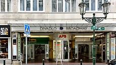 Známý pražský Palác Broadway půjde do dražby. Stát chce za něj minimálně miliardu