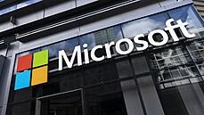 Pentagon zrušil obří zakázku, o kterou soupeřil Microsoft s Amazonem. Firmy mohou jít do nové soutěže