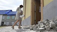 V poničeném kostele v Moravské Nové Vsi se konala první mše. Farář varoval před reptáním a závistí
