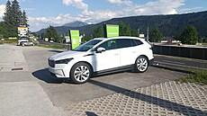 Enyaqem do Chorvatska: strasti dobíjecích stanic a hloupá nehoda. Stojí elektromobil opravdu za 1,5 milionu?