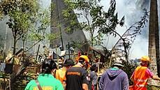 Na Filipínách se zřítilo vojenské letadlo. O život přišlo nejméně 29 lidí