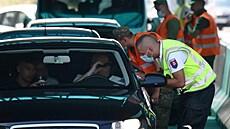 Slovensko zavedlo karanténu pro neočkované, změna vyvolala další protesty na hranicích