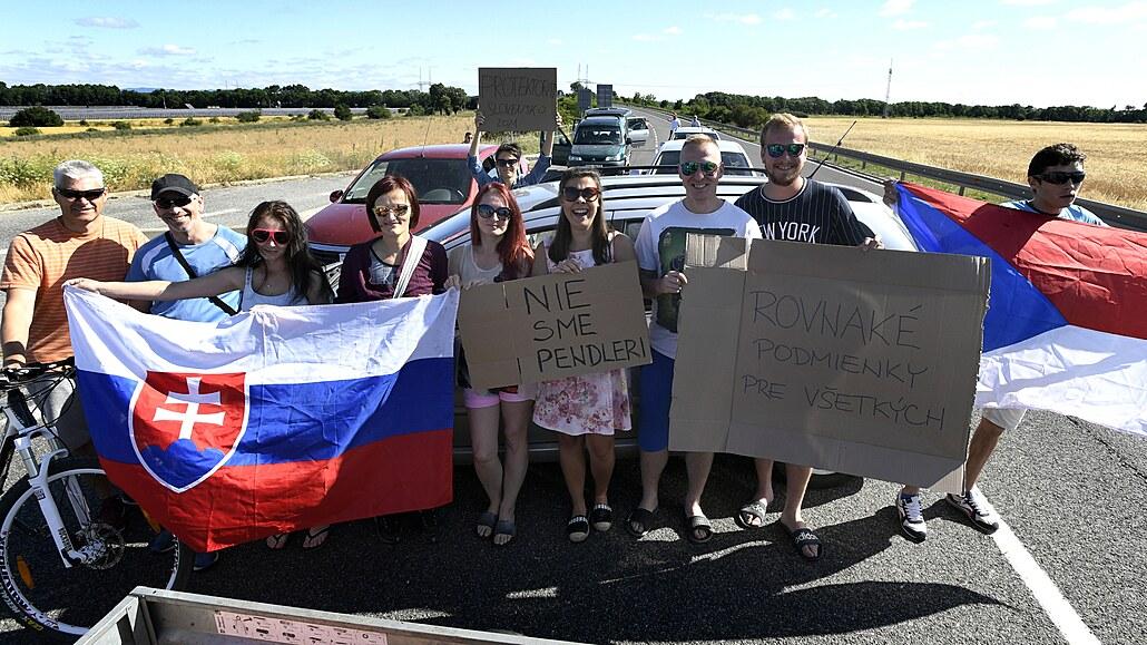Slovenští pendleři chystají blokádu hraničních přechodů. Budou protestovat proti koronavirovým opatřením