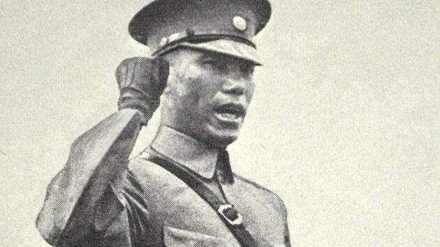Proti Sovětům i Čankajškovi.Číně rozdělené mezi mocenská centra veleli lokální váleční vůdci