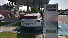 ŠITNER: Automobilky mezi mlýnskými kameny. Elektromobily jsou částečně ctností z nouze