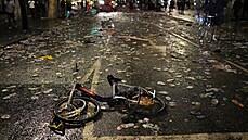 Riot v ulicích Londýna. Policie kolem finále zatkla desítky lidí, rowdies prolomili bariéry a dostali se i na stadion