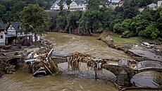 Počet obětí záplav v Německu se vyšplhal na 156, nejvíce postižená oblast je Porýní-Falc