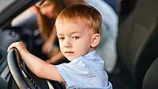 Čtyřletý chlapec v Monaku otcovým autem přejel chodce. Rodina dítěte údajně žije v Praze