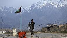 'Našim' Afgháncům jde o život. Problém je v tom, že po azylu v Česku netouží, zní z bezpečnostní komunity