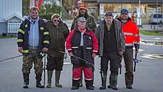 RECENZE: Moře a postarší muži s loveckou touhou. Svérázný český rybolov musí řešit i háček zaseknutý v prstu