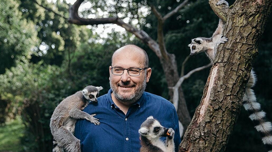 Zvířatům chyběli velcí dvounozí tvorové. Aby nekoukali do blba, hledali jsme jim rozptýlení, říká šéf pražské zoo