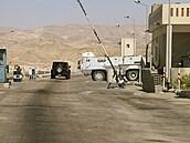 Při útoku na Sinajském poloostrově zahynulo nejméně osm lidí, jednalo se zejména o vojáky
