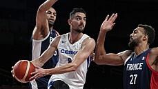 Basketbalisté s přemožiteli USA neuspěli, s Francií prohráli o dvacet bodů