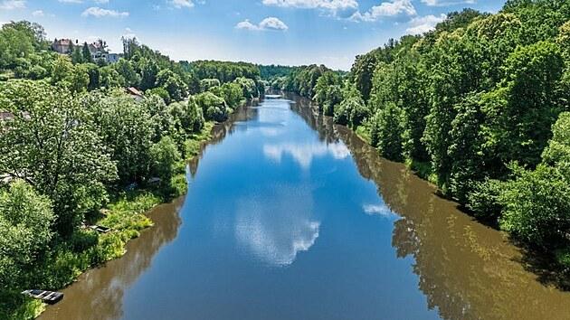 Kdo nesplul Lužnici, jakoby nikdy nebyl na vodě. Vyberete si Starou, nebo Novou řeku?