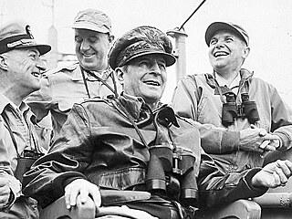 Studená válka dorazila do Asie. Konflikt v Koreji militarizoval soupeření USA a SSSR