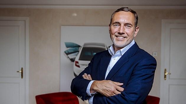 Škoda chystá čtyři nová elektroauta. Spalovací motory ale zachová, říká člen představenstva Martin Jahn
