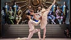 Národní divadlo zahájí sezónu na Střeleckém ostrově. Vystoupení vyvrcholí focením s tanečníky