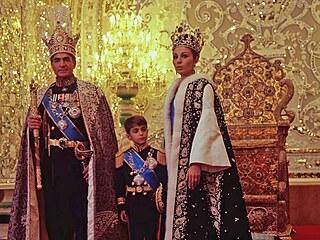 Chaos v Íránu povzbudil rivaly. Konkurentem liberální demokracie i marxismu-leninismu se stává politický islám
