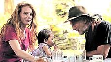 Nic pro cyniky. Vorlův film Cesta domů přináší problematické herecké výkony a ideologii podávanou bez obalu