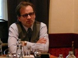 Kulatý stůl s velvyslancem České republiky při NATO Martinem Povejšilem