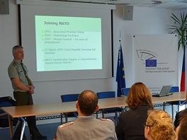 Přednáška gen. Petra Pavla pro německé pedagogy (6. března 2012)