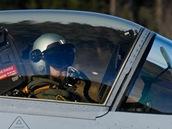 Gripen startuje k misi během cvičení Lion Effort ve švédském Ronneby