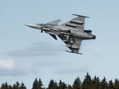 Cvičení letounů Jas-39 Gripen ve švédském Ronneby