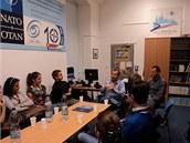 Debata se srbskými studenty v IC NATO (19.10. 2012).