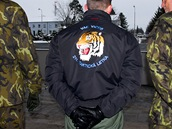 Slavnostní nástup k ukončení mise českých letců s gripeny nad Pobaltím (Čáslav, 18. ledna 2013)