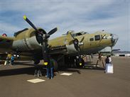 Boeing B-17G Flying Fortress 1