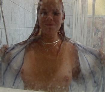holky ve sprše domina praha