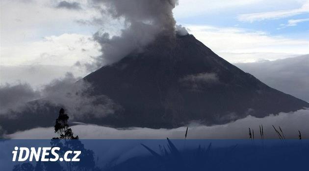 Na Kanárských ostrovech začala sopečná erupce, doprovází ji silné otřesy