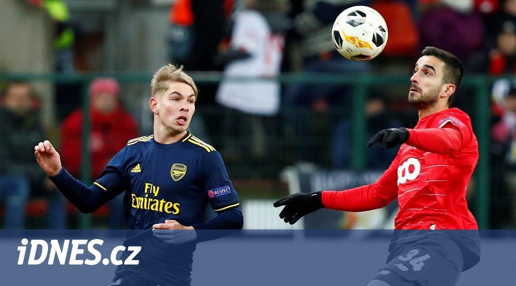 Arsenal v Evropské lize ubojoval postup, jaro vyhlíží i římské kluby